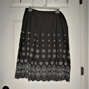 Size L cotton skirt by kim Rogers